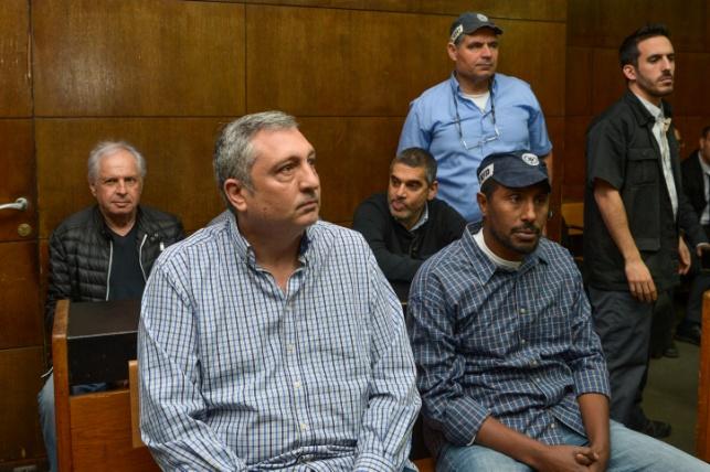 ניר חפץ ואלוביץ' בבית המשפט