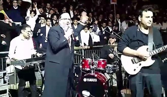 תיעוד: שלמה כהן מקפיץ ב'יד אליהו'