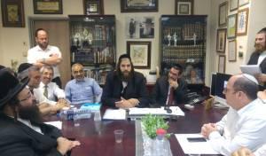 """פה אחד: זאב קשש מונה למנכ""""ל עיריית אלעד"""