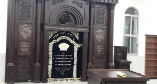 ארון הקודש החדש שנבנה ב'שטיבל'