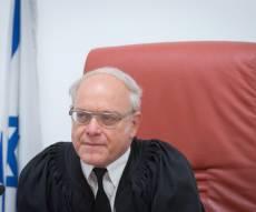 """השופט ניל הנדל. ייעדר לבסוף - ביהמ""""ש העליון מחרים טקס ממלכתי בשטחים"""