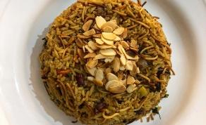 אורז עם אטריות וירקות