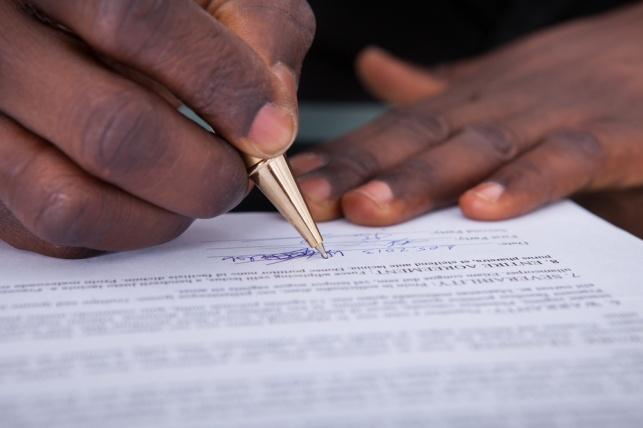 מאז חתימת ההסכם הוא לא קויים על ידי הצדדים. אילוסטרציה