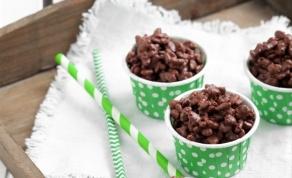 חטיף פצפוצי אורז מצופה שוקולד וחמאת בוטנים