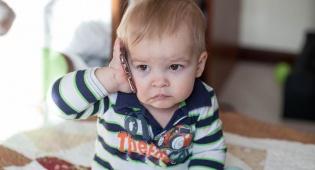 מחקר: תינוקות לומדים שפה עוד בבטן אימם