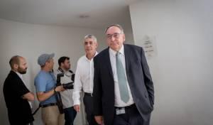 פרופ' רוטשטיין במהלך הגישור - גישור בהדסה: ההורים הפסיקו שביתת רעב