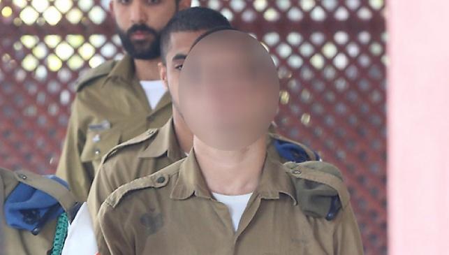 החייל החשוד. שוחרר למעצר בבסיס