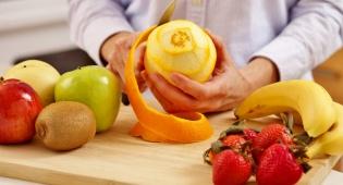 קילוף פירות בדרך הנכונה