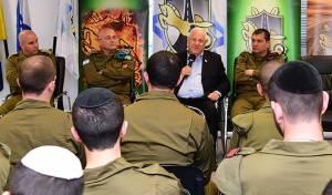 """הנשיא ריבלין והחיילים החרדים, היום - רובי ריבלין: """"יש שנהרגים באוהלה של תורה"""""""