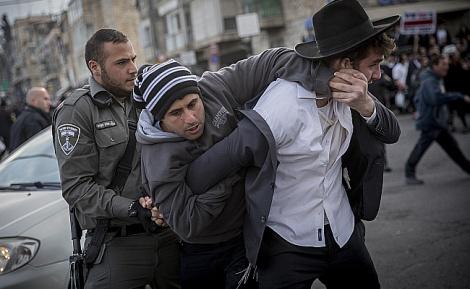 ההפגנות בעקבות מעצר העריק - איום: מאסר ממושך לתלמיד הישיבה העריק