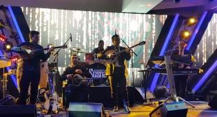 ישראל סוסנה ותזמורתו עם אמן הבוזוקי אבי צליח