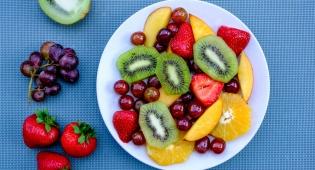 מדריך: כיצד לאחסן כל סוג של פרי שקיים