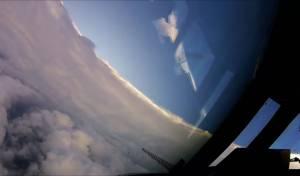 """טיסה של """"ציידי הוריקנים"""", העוקבים מקרוב אחר כיוון ה'אירמה' - הוריקן מכה בפלורידה: 'עלול למחוק אזורים'"""