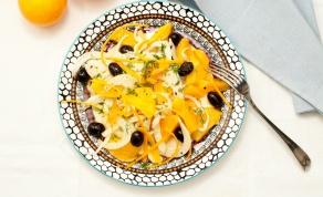 סלט שומר עם תפוזים וזיתי קלמטה
