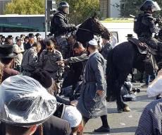 תיעוד: הפגנת הקנאים נגד מעצר נכד הרבי