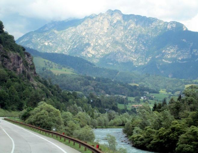 טיול מרהיב דרך עדשת המצלמה לעמק פאסה