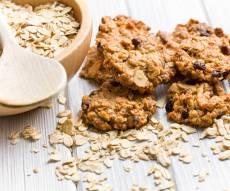 עוגיות גרנולה מתוקות ובריאות