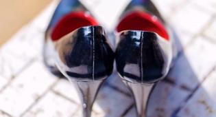 אפשר גם אחרת. נעלי עקב יכולות להיות נוחות יותר - לא עוד: איך למנוע בקלות תאונת-עקבים טרגית
