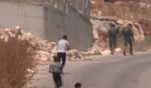 צפו בסרטונים: חיילים נמלטו ממיידי אבנים?