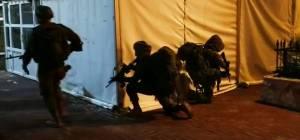 החיילים הופתעו באמצע התרגיל הלילי. צפו