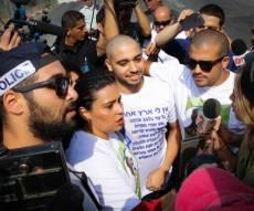 אזריה ביום הכניסה לכלא - אלאור אזריה זכה לקבלת פנים מלבבת בכלא