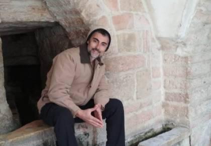 """מרדכי מאיר """"רץ בשדה"""" בסינגל חדש"""