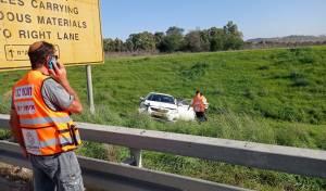 חיסול בכביש 6 בין שיירה של ניידות משטרה