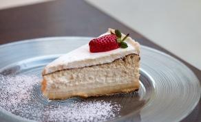 עוגת גבינה קלאסית אפויה - עוגת גבינה קלאסית אפויה של השפית רחל דבח
