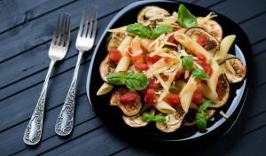פסטה אלה נורמה עם חצילים ועגבניות צלויות