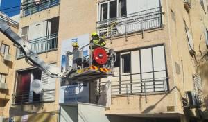 אחרי פינוי הדיירים; הבנין נהרס באופן מבוקר