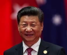 הנשיא שי מתקבל במחיאות כפיים אדירות - שי עושה היסטוריה: הנשיא החזק ביותר בסין