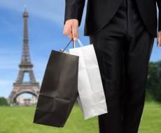 החוק הצרפתי שיחסוך לכן כסף על בגדים