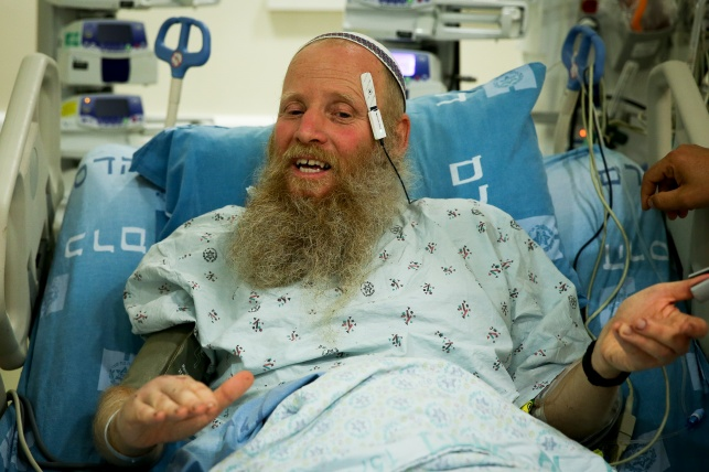 האב ,איתן שנרב, בבית החולים