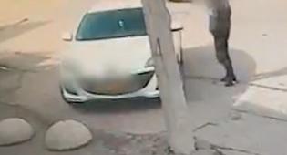המצלמה תיעדה: חשוד גונב רכב ונמלט. צפו
