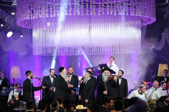 בירושלים נערכה החתונה היהודית הגדולה בעולם