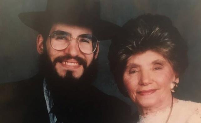פריד ואמו, ביום חתונתו