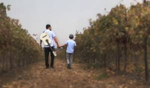 דוד סיטבון ובנו בסינגל קליפ חדש: אבא שלי