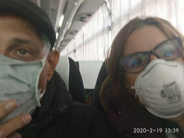 הזוג בן שבת לאחר ירידתם מהספינה