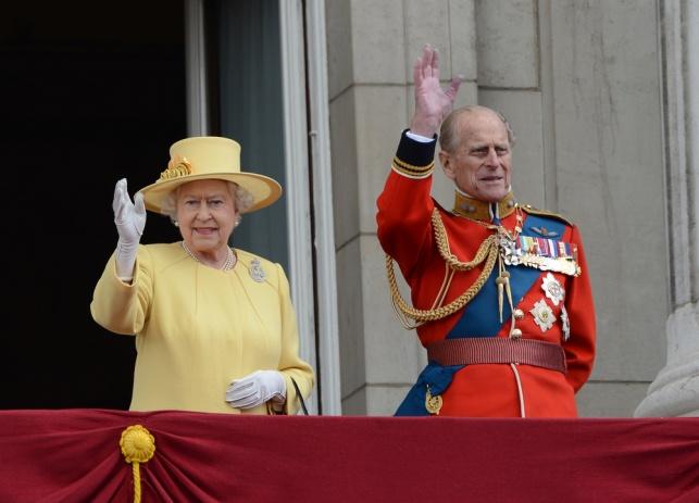 חתונת הפלטינה: המלכה והנסיך