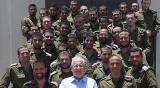 צפו: הנשיא ריבלין הצדיע לחיילים החרדים