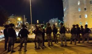 """במא""""ש: שוטרים סירבו לפנות את המפגינים"""