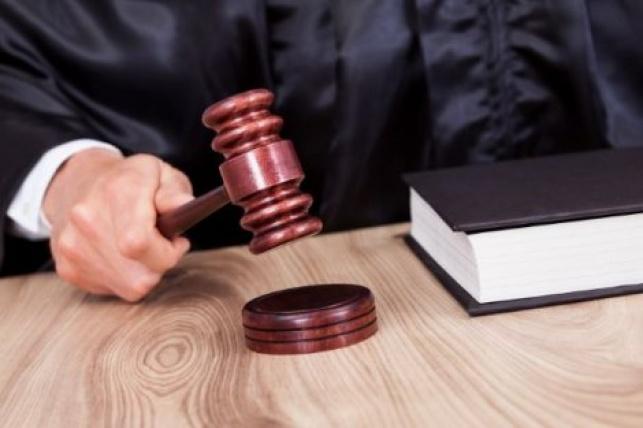 """בעקבות תלונת בחור ישיבה - עו""""ד הורשע והוטל עליו עונש השעייה"""