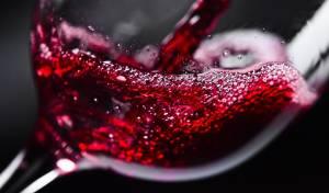 האם מותר להשתמש ביין ממותק ומוגז לקידוש?