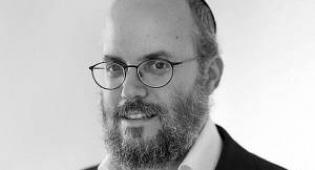 בצלאל כהן - על ההבדלים בין האתרים החרדים לעיתונות המפלגתית