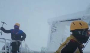 מטפסים בחרמון - בקור ורוחות קיצוניים. צפו
