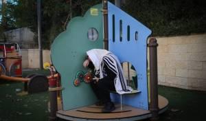 ה'קפסולות' של מתפללי שכונת הר נוף; צפו