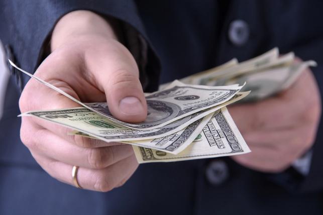 """השופט העריך את הכנסות האיש בכמיליון ש""""ח לחודש. אילוסטרציה"""