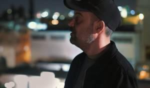 """עמיר בניון בסינגל קליפ חדש: """"תביט"""""""