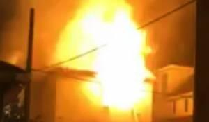 הבית שעלה באש - האבא והבת התעוררו; מצבו של הבן מחמיר