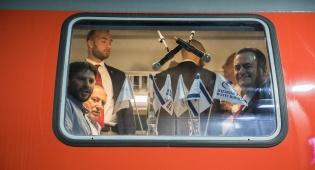 השרים סמוטריץ וכץ ברכבת